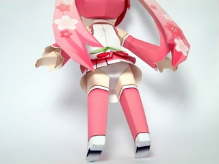 ペーパークラフト-桜ミク-2